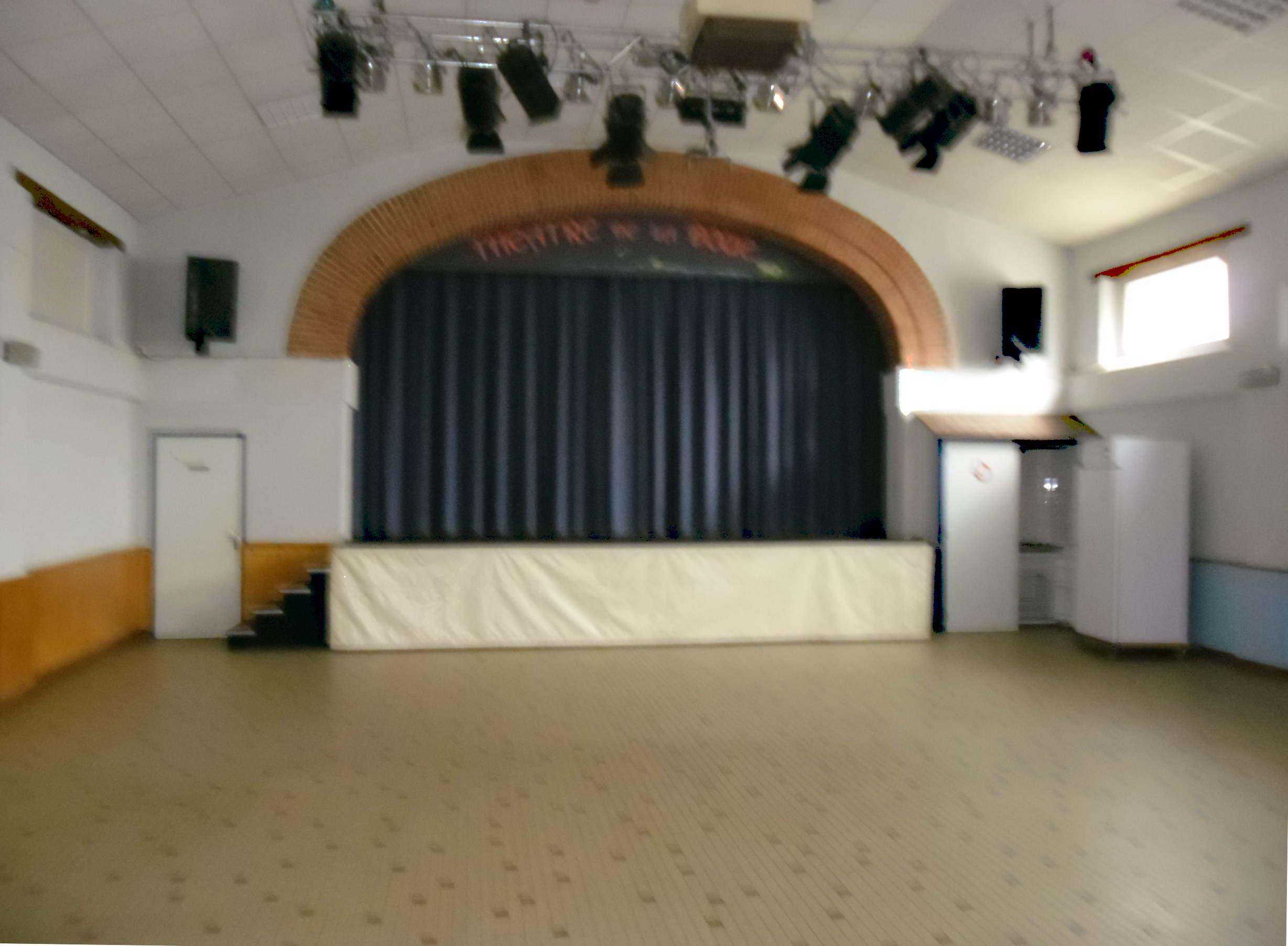 Théâtre 04
